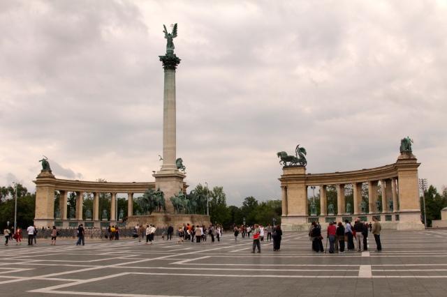 plein van de helden, budapest
